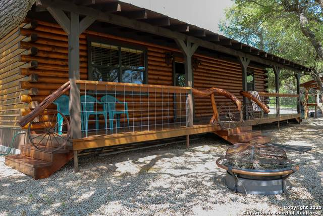 260 County Road 232, Hondo, TX 78861 (MLS #1453292) :: Legend Realty Group