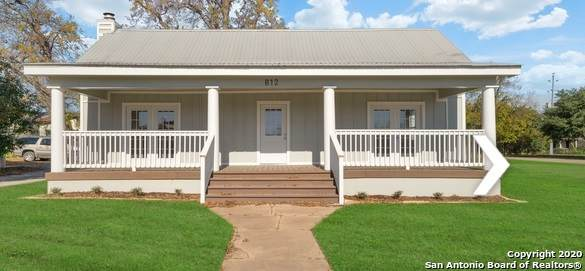812 Chestnut St, Bastrop, TX 78602 (MLS #1453619) :: The Mullen Group | RE/MAX Access