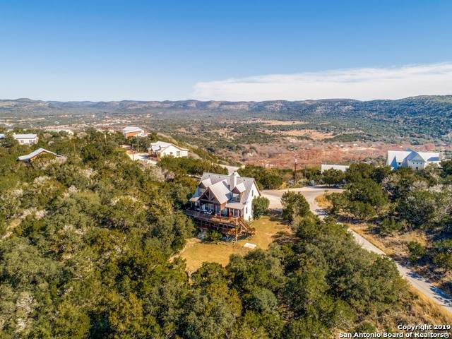 621 Cat Claw Mountain Rd, ConCan, TX 78838 (MLS #1454024) :: Maverick