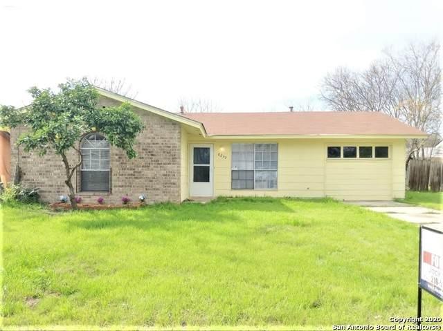 8239 Glen Lark, San Antonio, TX 78239 (MLS #1454180) :: BHGRE HomeCity San Antonio