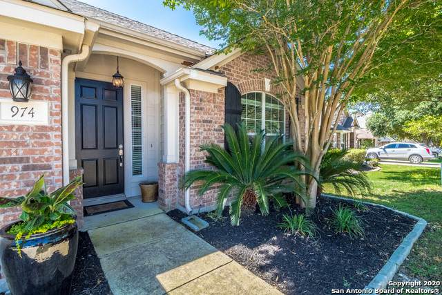 974 Oak Park, Schertz, TX 78154 (MLS #1454392) :: Alexis Weigand Real Estate Group