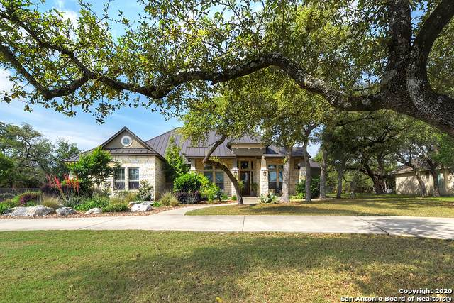 5661 Copper Crk, New Braunfels, TX 78132 (MLS #1454812) :: Carolina Garcia Real Estate Group