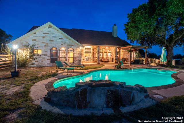 133 Abrego Ridge Dr, Floresville, TX 78114 (MLS #1454956) :: The Glover Homes & Land Group