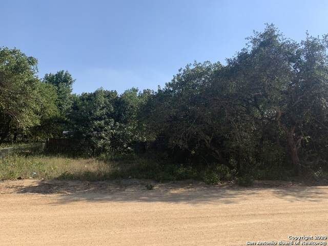 LOT 14 Deer Run Dr, San Antonio, TX 78264 (MLS #1455036) :: Reyes Signature Properties
