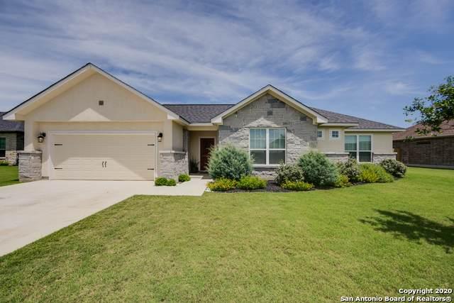 124 Fairway Dr, Floresville, TX 78114 (MLS #1455063) :: The Heyl Group at Keller Williams