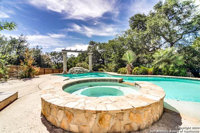 1365 Desert Links, San Antonio, TX 78258 (MLS #1455347) :: 2Halls Property Team | Berkshire Hathaway HomeServices PenFed Realty