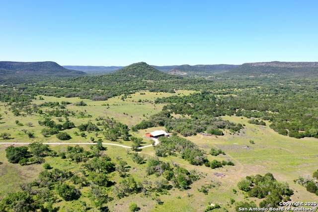 4029 Seco Valley Rd, Utopia, TX 78884 (MLS #1455621) :: Neal & Neal Team