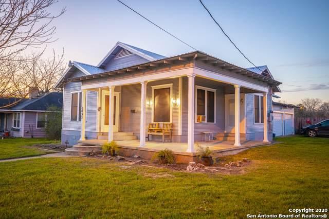 1433 Saint Lawrence St, Gonzales, TX 78629 (MLS #1455953) :: BHGRE HomeCity San Antonio