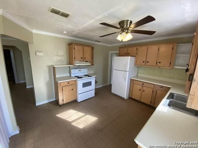 13934 I - 35 N, Moore, TX 78057 (MLS #1455998) :: Warren Williams Realty & Ranches, LLC