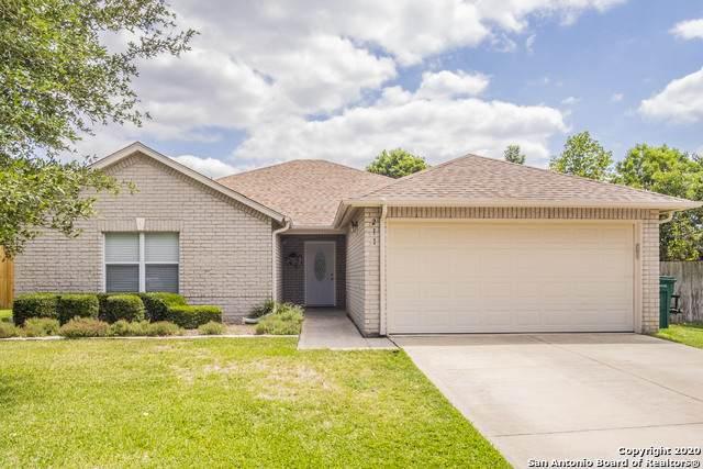 211 Vista Verde, Boerne, TX 78006 (MLS #1456418) :: Alexis Weigand Real Estate Group