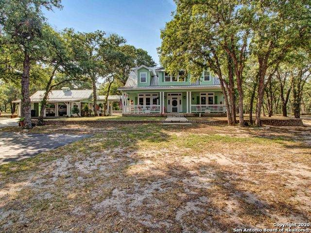 213 Tipperary Ln, Floresville, TX 78114 (MLS #1456761) :: The Mullen Group | RE/MAX Access