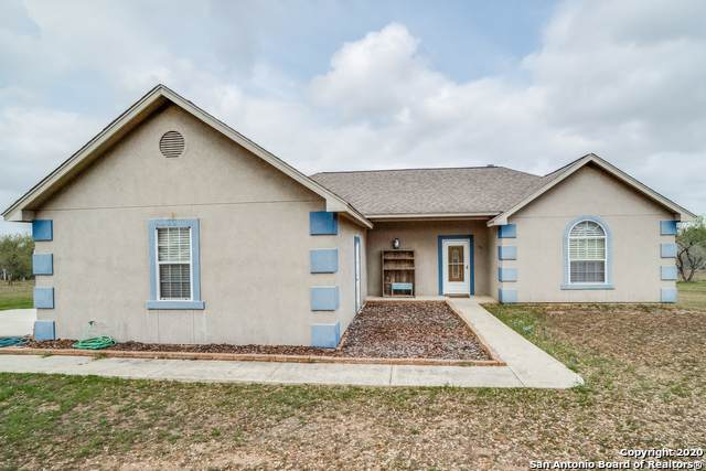 595 Cimarron Sq, Poteet, TX 78065 (MLS #1456952) :: Concierge Realty of SA