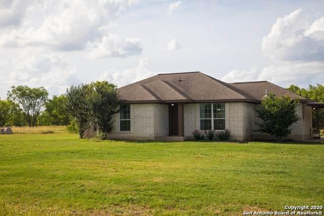 2520 Fm 2200 W, Devine, TX 78016 (MLS #1457026) :: BHGRE HomeCity San Antonio