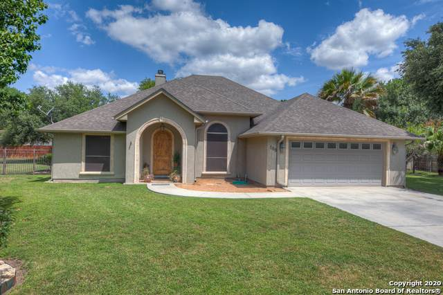 100 Purple Martin Ct, McQueeney, TX 78123 (MLS #1457057) :: The Glover Homes & Land Group