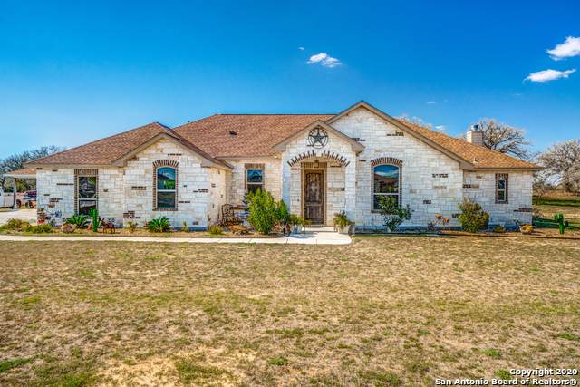 104 S Abrego Crossing, Floresville, TX 78114 (MLS #1457091) :: The Glover Homes & Land Group