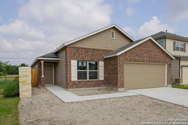 7727 Blue Gulf Dr, San Antonio, TX 78220 (MLS #1457132) :: Alexis Weigand Real Estate Group