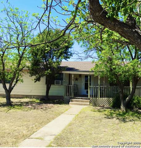 208 W 8th St, McCamey, TX 79752 (MLS #1457371) :: The Glover Homes & Land Group