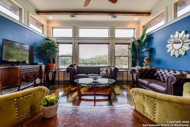 733 Jack Nickolaus Dr, Devine, TX 78016 (MLS #1457597) :: BHGRE HomeCity San Antonio