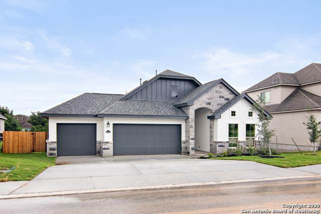 28210 Versant Hills, Boerne, TX 78015 (MLS #1457701) :: Carolina Garcia Real Estate Group