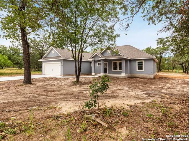 107 Grey Fox, Poteet, TX 78065 (MLS #1457828) :: BHGRE HomeCity San Antonio