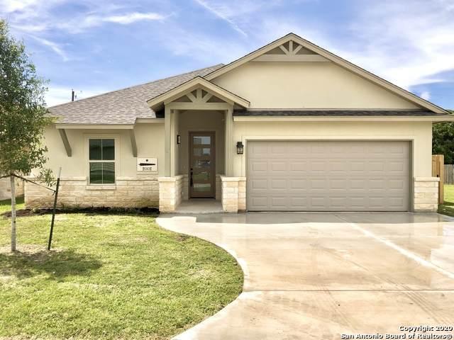 2002 Yellow Rose Way, Gonzales, TX 78629 (MLS #1458177) :: BHGRE HomeCity San Antonio