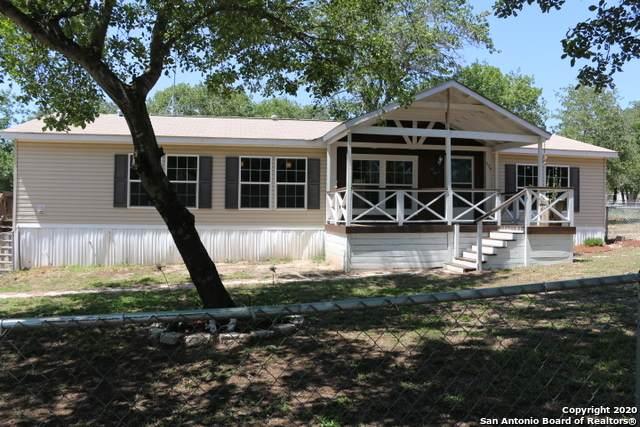 974 Highlands Loop, Poteet, TX 78065 (MLS #1458222) :: BHGRE HomeCity San Antonio