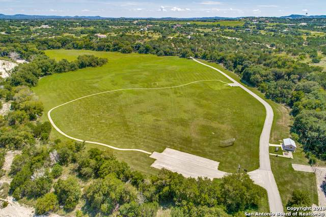 643 Martingale Trail, Bandera, TX 78003 (MLS #1458607) :: Neal & Neal Team