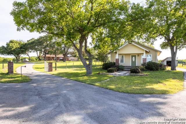 +/- 21 ACRES Wiseman Lane, La Vernia, TX 78121 (MLS #1458721) :: The Glover Homes & Land Group