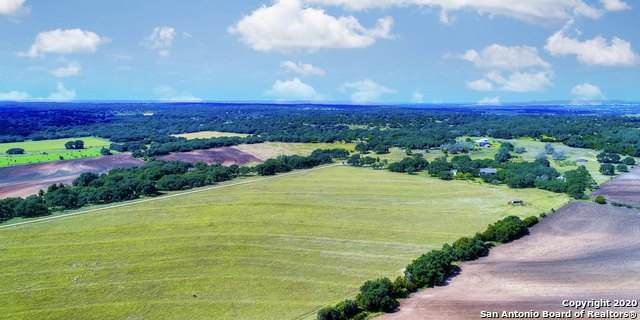 820 Brewer Rd, Fredericksburg, TX 78624 (MLS #1458814) :: The Glover Homes & Land Group