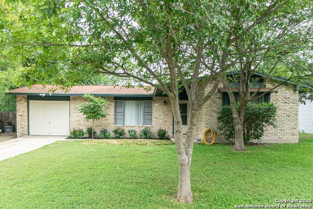 5413 Arneson Dr, Kirby, TX 78219 (MLS #1458887) :: Carolina Garcia Real Estate Group