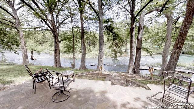 1438 Sleepy Hollow, New Braunfels, TX 78130 (MLS #1458921) :: Santos and Sandberg