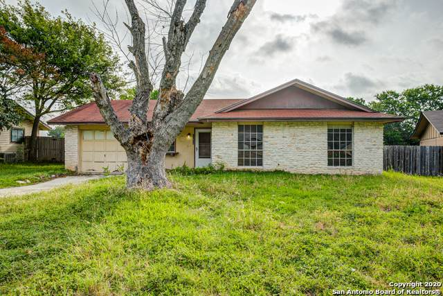 11618 Crooked Oaks Dr, Live Oak, TX 78233 (MLS #1458928) :: ForSaleSanAntonioHomes.com