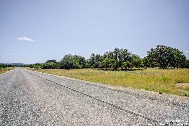 1304 Horseshoe Falls, Bandera, TX 78003 (MLS #1458981) :: Reyes Signature Properties