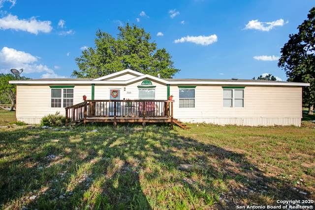 705 Live Oak Dr, Adkins, TX 78101 (MLS #1458994) :: The Mullen Group | RE/MAX Access
