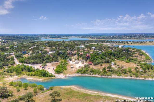 1745 W Lakeside Dr, Canyon Lake, TX 78133 (MLS #1459067) :: Berkshire Hathaway HomeServices Don Johnson, REALTORS®
