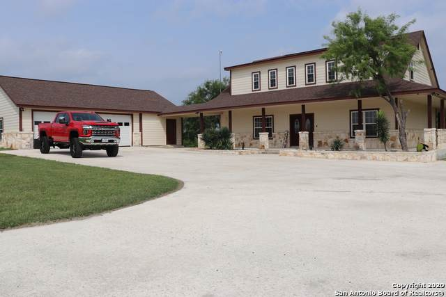 1024 Encino Hills Dr, Floresville, TX 78114 (MLS #1459073) :: The Glover Homes & Land Group