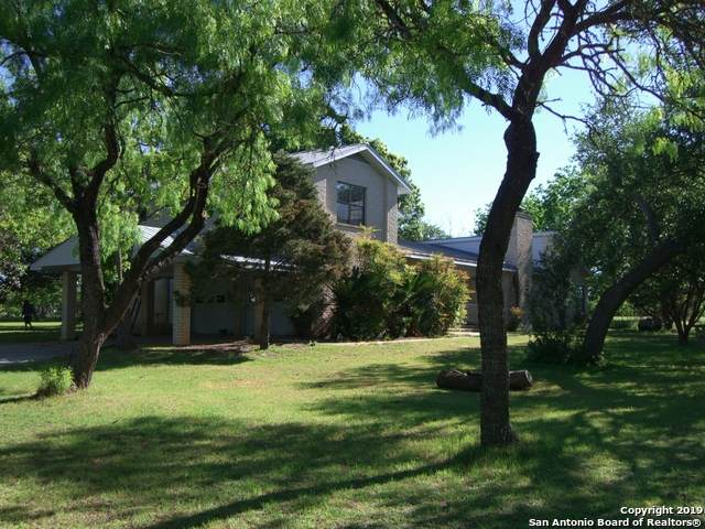 444 County Road 4770, Castroville, TX 78009 (MLS #1459177) :: Legend Realty Group