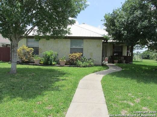 603 33RD ST, Hondo, TX 78861 (MLS #1459258) :: Legend Realty Group