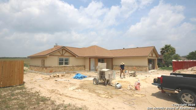 157 Turnberry, La Vernia, TX 78121 (MLS #1459338) :: Reyes Signature Properties