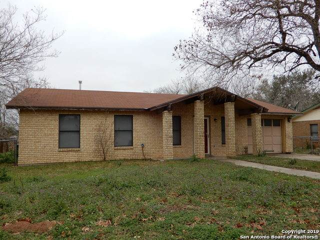 1008 Longleaf Dr, Floresville, TX 78114 (MLS #1459354) :: The Heyl Group at Keller Williams