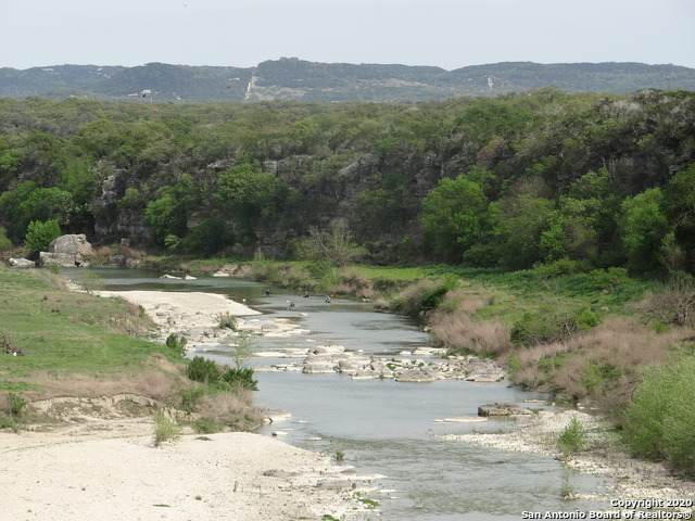 416 Palomino Springs, Bandera, TX 78003 (MLS #1459425) :: The Glover Homes & Land Group