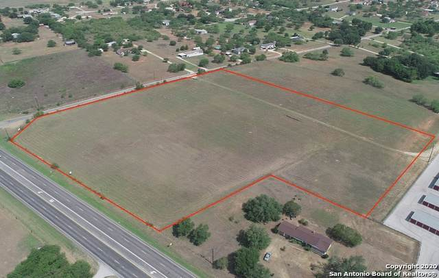 17582 W Us Highway 87, Adkins, TX 78101 (MLS #1459434) :: Neal & Neal Team