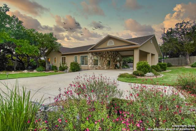 841 Crossbow Dr, Canyon Lake, TX 78133 (MLS #1459575) :: Exquisite Properties, LLC