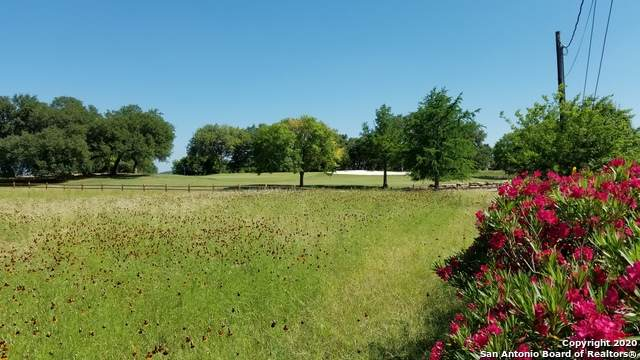 26 Spanish Grant, Bandera, TX 78003 (MLS #1459579) :: The Glover Homes & Land Group