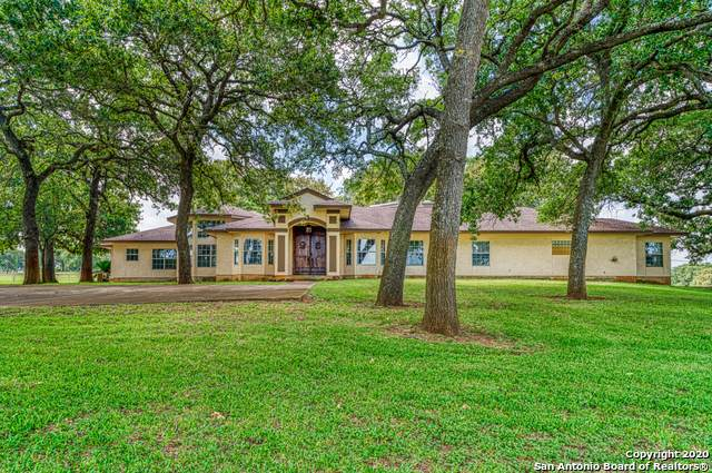1963 County Road 361, La Vernia, TX 78121 (MLS #1459618) :: Reyes Signature Properties