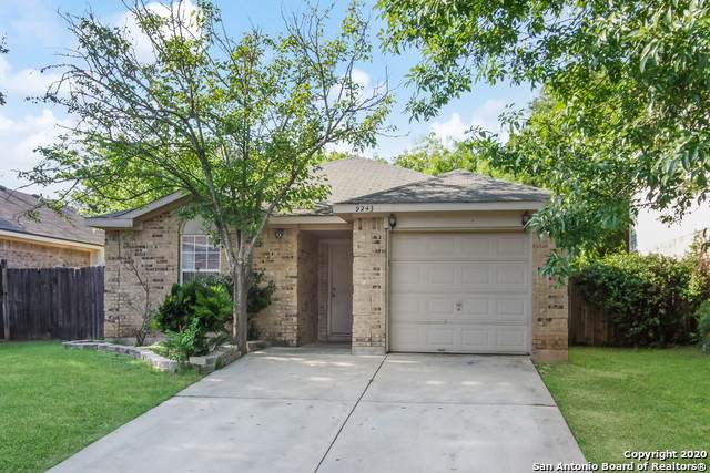 9243 Encino Village, San Antonio, TX 78250 (MLS #1459748) :: Carolina Garcia Real Estate Group
