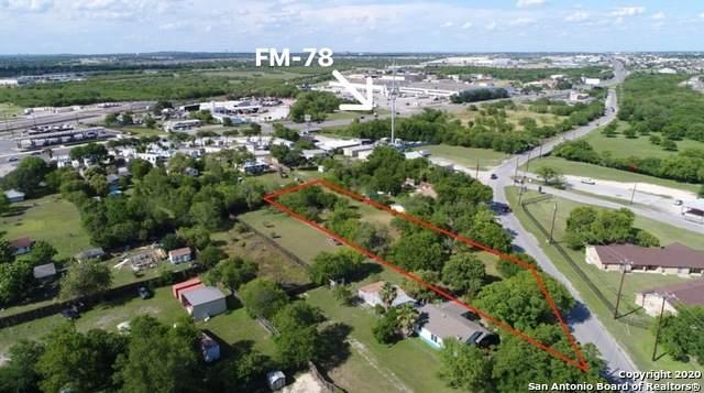 5703 Seguin Rd, Kirby, TX 78219 (MLS #1459843) :: Carolina Garcia Real Estate Group