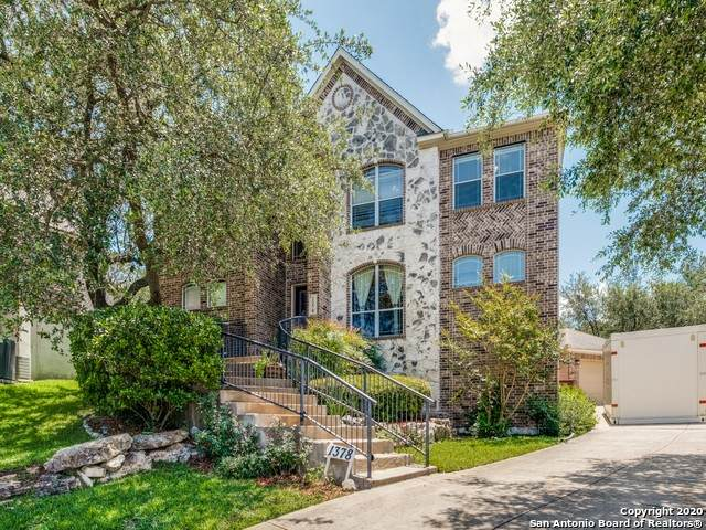 1378 Desert Links, San Antonio, TX 78258 (MLS #1459945) :: Vivid Realty