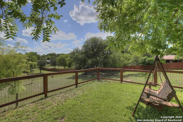 102 Tierra Grande Rd, Kerrville, TX 78028 (MLS #1460002) :: Concierge Realty of SA