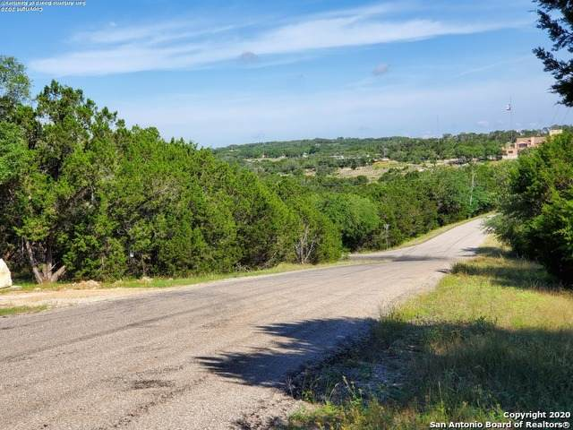 1458 Happy Hollow Dr, New Braunfels, TX 78132 (MLS #1460342) :: The Glover Homes & Land Group